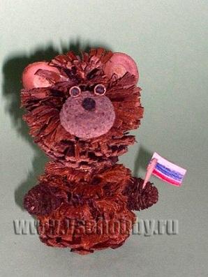Поделка из природного материала медвежонок Винни Пух