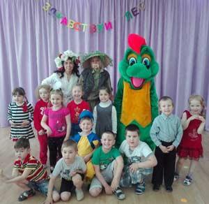 Музыкально-спортивное развлечение «Приключение в лесу» (для всех возрастных групп в рамках образовательной деятельности с детьми на летний оздоровительный период 2016-2017 учебного года)