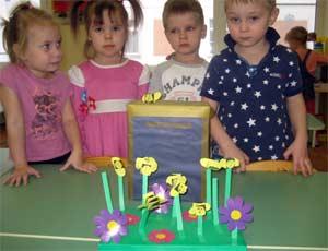 Конспект по конструированию из бумаги «Дом для пчёл»