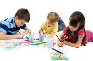 Кружок по нетрадиционной техники рисования в младшей группе: «Весёлая акварелька»