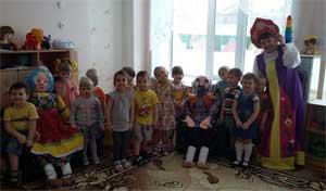 Краткосрочный проект Вторая младшая группа №1 «Неваляшки» Тема: «Театр начинается с малого»