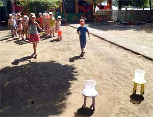 Мастер-класс для воспитателей «Организация разных видов игр в летний период в ДОУ»
