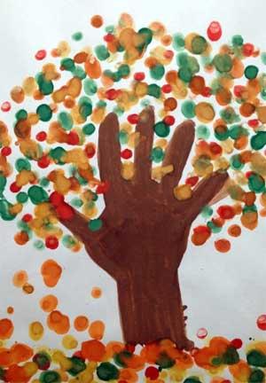 Нетрадиционные техники рисования. Рисование пальчиками. «Мое любимое дерево осенью» 2 младшая группа