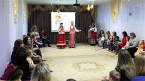 Сценарий праздника, посвящённого Дню Матери для детей 4-5 лет День матери-казачки