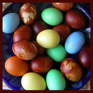 11 способов раскрасить пасхальные яйца без